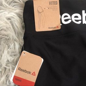 Reebok Shorts - 🍎Redbox women's fitted shorts small #D14